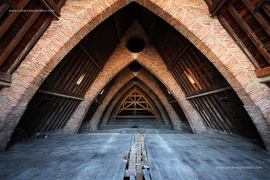 El primer recurso de la exploración urbana - Tejados, techos ...